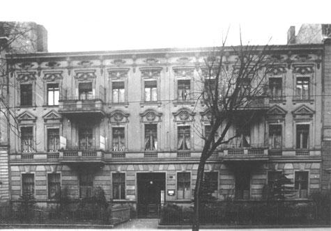 Wohnsitz der Familie Burger ab 1921, ab 1927 auch Firmensitz von R. Burger & Co. in der Wilhelm-Kuhr-Str. in Berlin Pankow