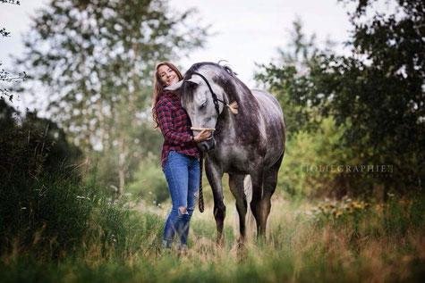 Zoe und Caluna - Foto; Zoe Kallin-Guillory