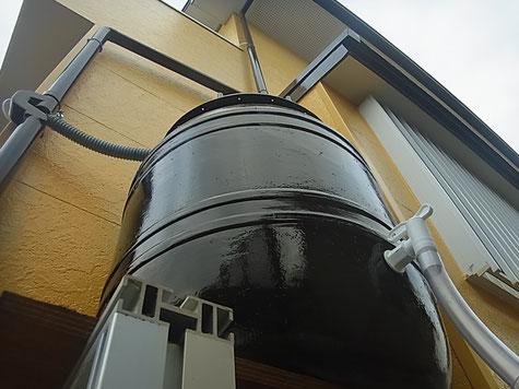 熊本○様家外壁塗装及び屋根塗装完成後に雨水タンク設置。ブラックカラータンク。