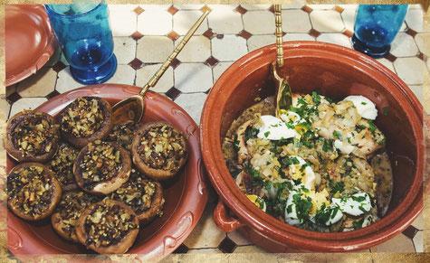 Plat romain, champignons farcis et blancs de poulets aux oeufs