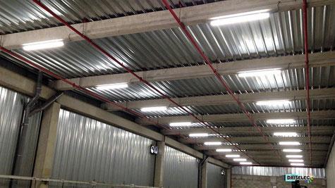 Installation lumière led, éclairage pour professionnel, éclairage led magasin, éclairage led parking, lumière led extérieure, lumière led intérieur, relamping led industriel, relamping led professionnel, installateur led industriel, remplacement led