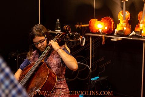 Ккупить комплект струн для виолончели   CHROMCOR Plus  PIRASTRO