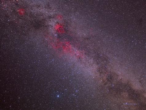 Constelación del Cisne y alrededores en La Vía Láctea