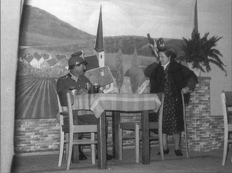 """Theater 1968  """"Der Dorflump"""" mit Agnes und Franz Schughart"""
