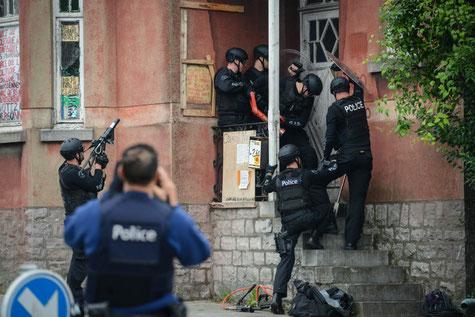 Evacuation d'un squat à Namur par le GIS équivalent du PAB