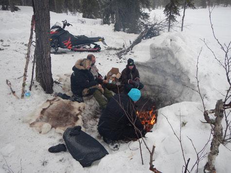 Jugendcamps am Polarkreis, Sozialpädagogik Camps, Konfrontative Pädagogik
