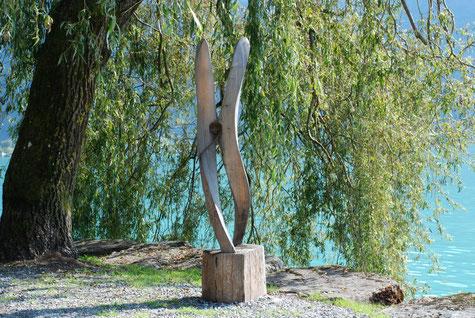 Die verliebte Wäscheklammer, Skulptur von Jacques Thuiller, Symposium 2015