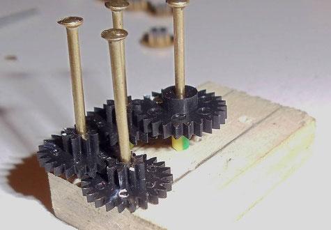 dreipunktlagerung schmalspur fahrzeugbau h0m. Black Bedroom Furniture Sets. Home Design Ideas