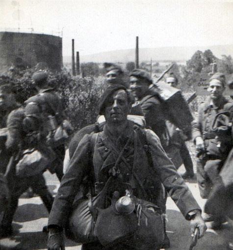Prisonniers de guerre dans le secteur défensif de la Sarre (coll. Sébastien Schlegel)