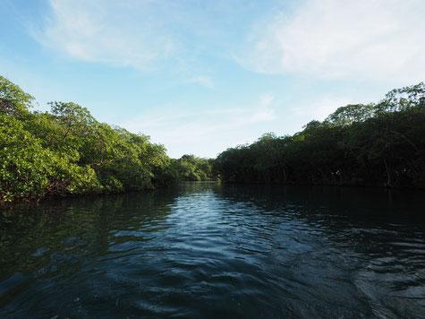 Kanal zwischen Roatan und Santa Elena