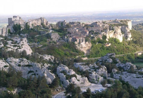 Les Baux-de-Provence general overview