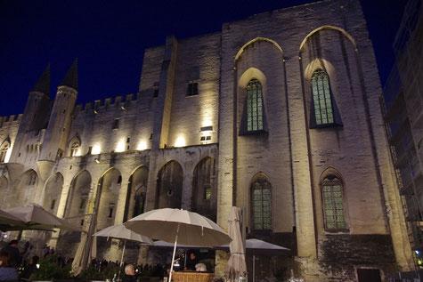 Der Papst Palast in Avignon