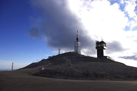 Der Gipfel des Mont Ventoux 1912 m hoch