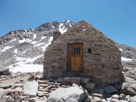 Die Steinhütte auf dem Muir Pass - Wow!