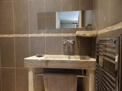 Les salles de bain maison de vacances le plessis vannon for Salle d eau douche italienne