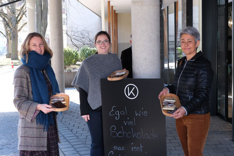Heike Renner, Katrin Scheuernstuhl und Dr. Margarete Steinhart