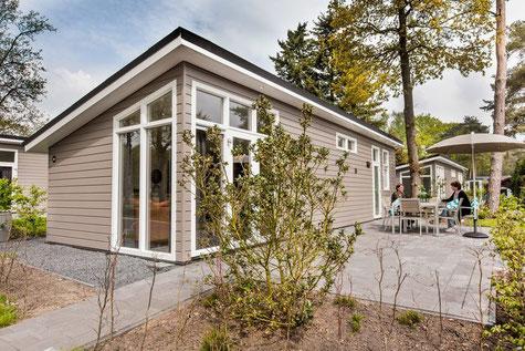 Te koop vakantiewoning voor 6 personen op de Veluwe inclusief kavel, tuinaanleg en inventaris