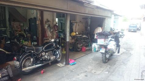diese Werkstatt ist so quasi der Geheimtipp wenn es um BMW-Motorräder in Bangkok geht