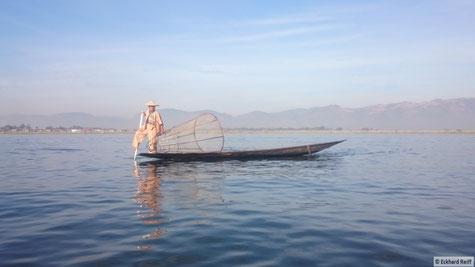 morgendlicher Fischfang am Inle Lake