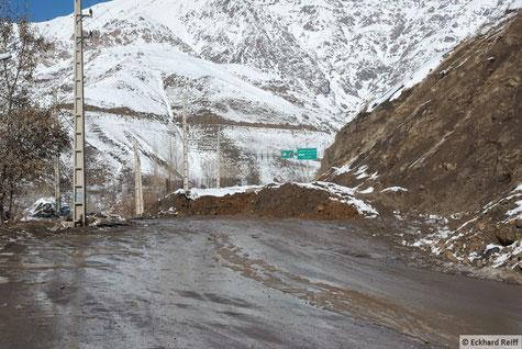 auf 2.675m in Shemshak haben paar LKW LAdung verloren, Pech gehabt - DIESESMAL