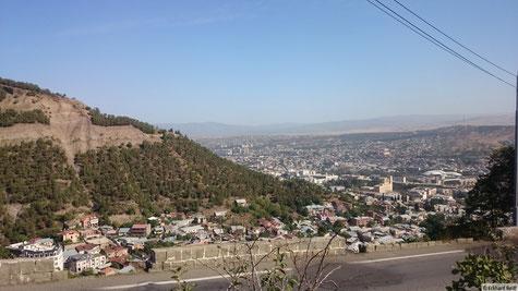 Tiflis - links würde dann der Fernsehturm stehen