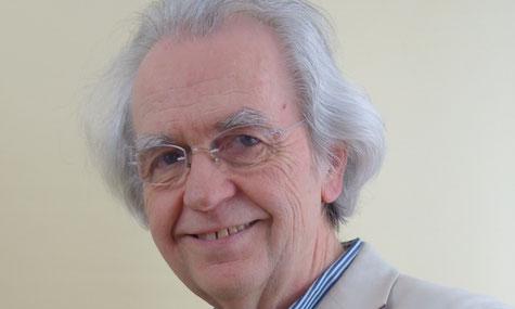 Roland Knaus ist Psychotherapeut, Clearingtherapeut u. -experte, Ausbildner, Dozent und gibt Seminare am Institut Gorbach bei Claudia Gorbach