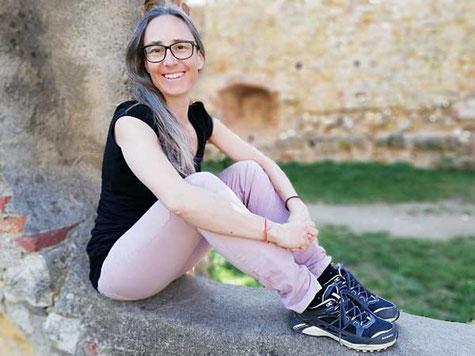 Bild: Sonja Vogt, Yoga in Thun - Gwatt, Sundry-Yoga, Vinyasa Flow Yoga, preMom Yoga, Schwangerschaftsyoga