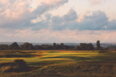 17th HOLE AT ROYAL ST GEORGE'S GOLF CLUB, HOME OF THE OPEN 2020, FEATURED ON BROADSTAIRS APARTMENTS ACCOMMODATION BLOG , NEARBY SANDWICH LUXURY SELF CATERING