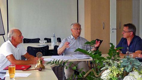 MDB Martin Patzelt mit Klaus Baldauf (Club-Präsident) und Harald Schmidt (Clubmitglied); Foto: Klaus Baldauf