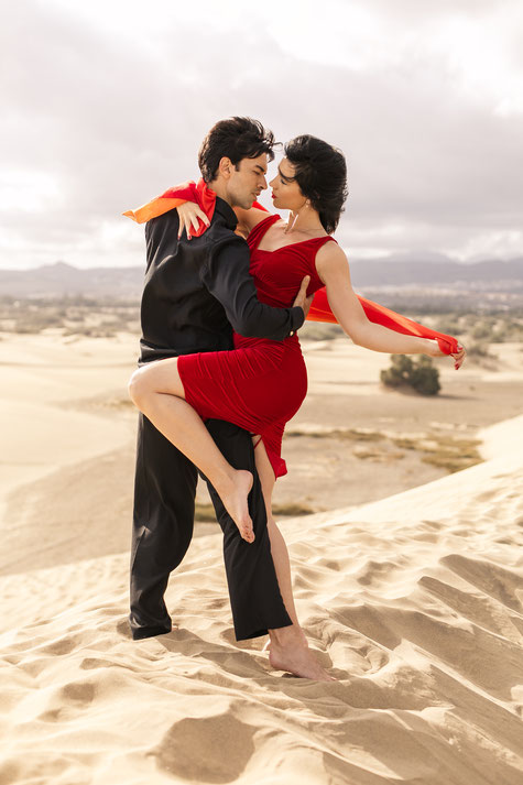 Tango is passion... we bring tango to your life!