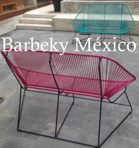 Banca  de metal tejida para comedor uso interiores y exteriores.