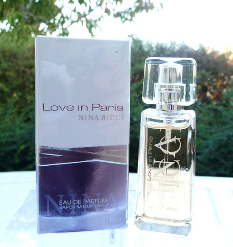 2005 - LOVE IN  PARIS : FLACON SPRAY EAU DE PARFUM 15 ML
