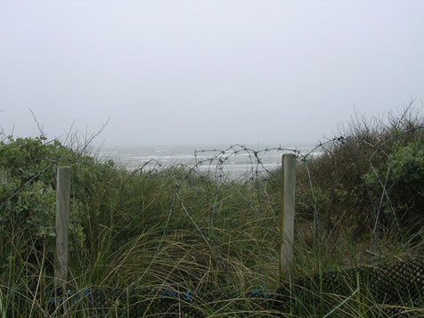So müssen die Verteidiger am Morgen des 6. Juni sorgenvoll auf den Strand geblickt haben.