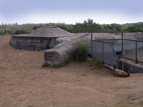 Im direkten Museumsbereich gibt es noch ein Vielzahl von deutschen Schützenbunkern.