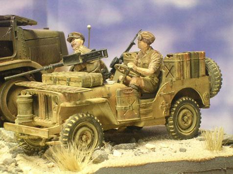 Die MiniArt-Besatzung passt prima in den Jeep.