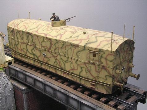 Nur leicht bewaffnet diente er als mobile Einsatzzentrale und Streckenschutz gegen Partisanen