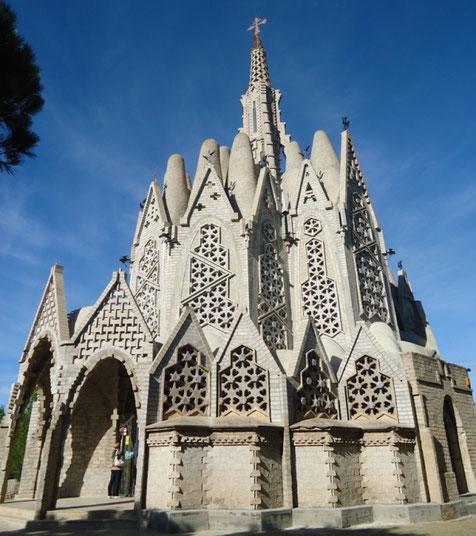 Святилище Девы Монсерратской в Монферри