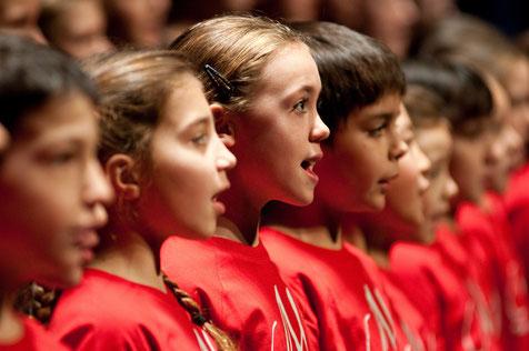 La Maîtrise chante Noel maîtrise et orchestre de l'Opéra de Lyon Sanctuaire St Bonaventure 2012
