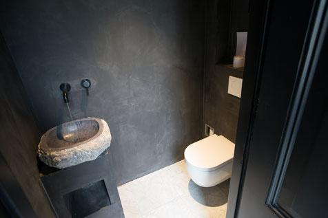 Beton cire toiletwand Grijs 80% - Beton cire Nederland