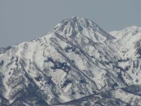 妙高山(神奈山)の「跳ね馬」