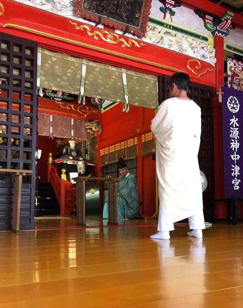 オリエンタル舞踏家Kikiさんのお招きで江の島神社でのご奉納