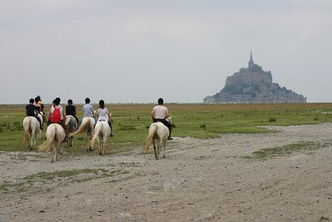 Juillet 2005, sortie equestre avec les adherents du centre equeste de la dierge