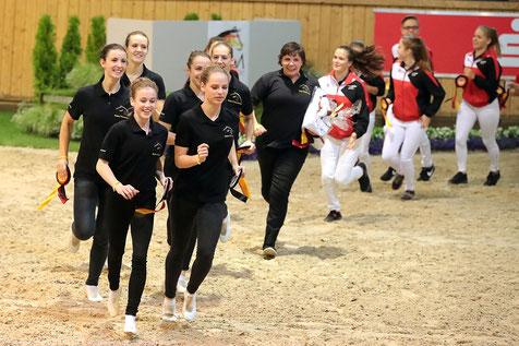 Das Team Nordheim freut sich über seinen Sieg. Foto Bernd Thierolf.