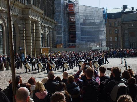Wachwechsel am königlichen Schloss in Stockholm