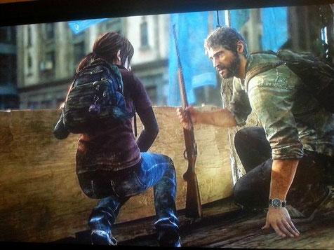 Joel gibt Ellie endlich eine Waffe!