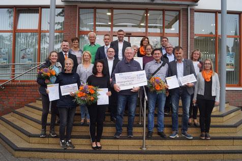Sechs Vereine bewarben sich bei der Volksbank um den Stern des Sports in Bronze. Foto: Alpha-Report