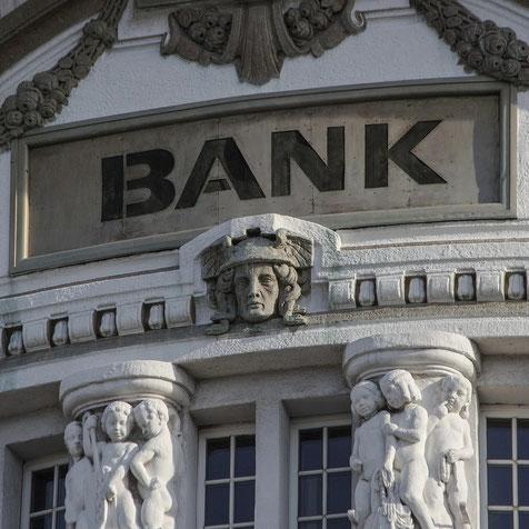 Banken uns Zinsvergleich Finanzierungsmakler Hamburg David Böhme