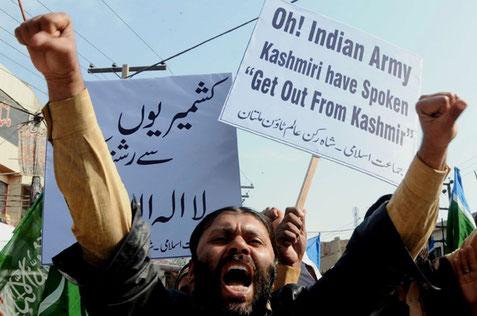 Protester i Kashmir