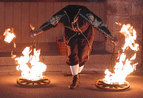 Ritteressen Feuerjonglage