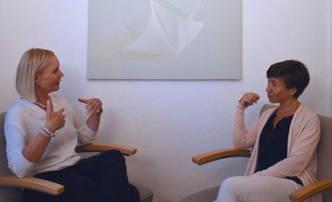 Karin von Schumann im Gespräch mit Ulrike Wolski.